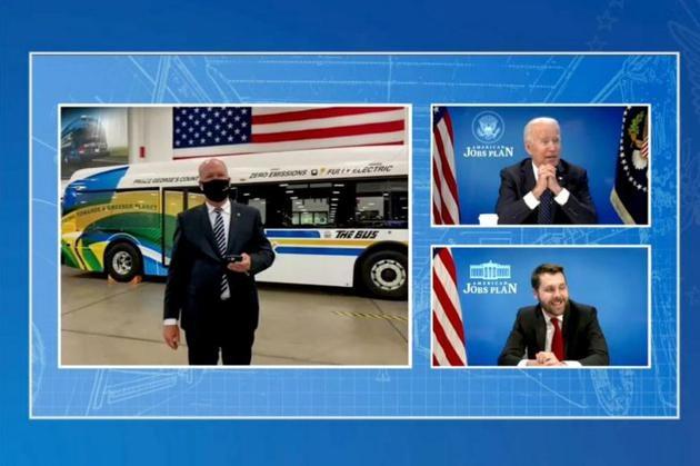 拜登呼吁提高美国电动汽车产能追上并超越中国