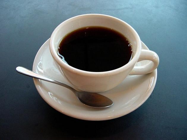 国外研究喝咖啡和摄入大量蔬菜可能有助于降低COVID-19感染风险